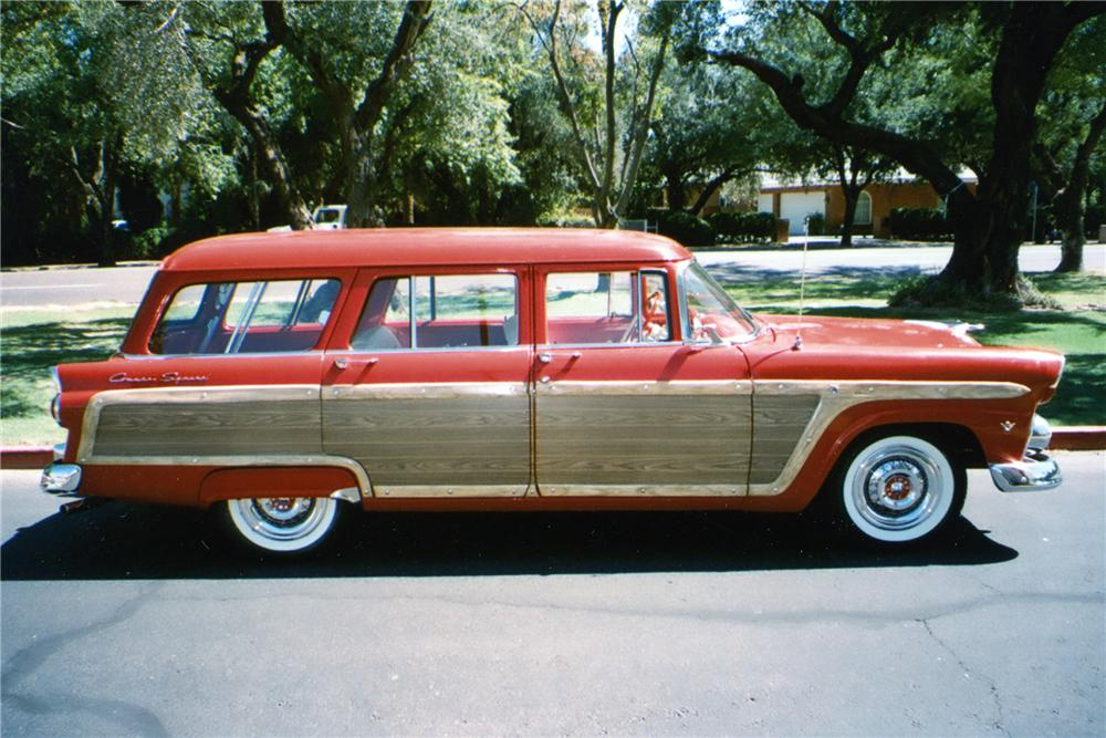 1955 FORD COUNTRY SQUIRE STATION WAGON - Side Profile - 81866