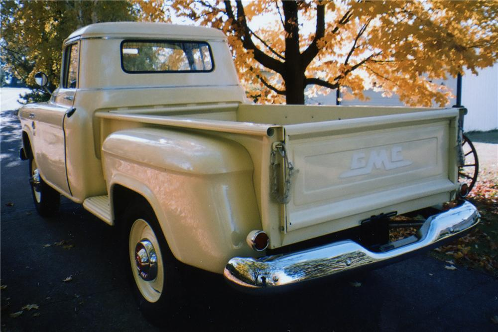 1955 GMC 100 PICKUP - Rear 3/4 - 81871
