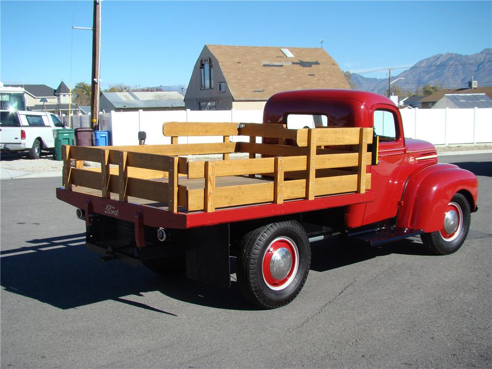 1947 FORD 1 TON FLATBED TRUCK - Rear 3/4 - 81872