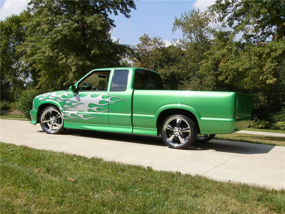 lime green chevy truck with 2002 Chevrolet S 10 Custom Pickup 81881 on 969651 My T56 Conversion moreover Proud To Be Country Gmc Chevy 4 X moreover Watch likewise Watch further She Wants The Diesel Decal.