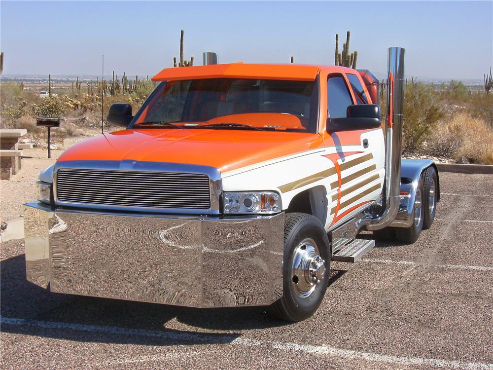 1998 DODGE RAM CUSTOM PICKUP - Front 3/4 - 81886