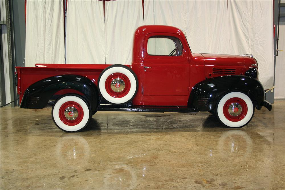 1939 PLYMOUTH PT-81 PICKUP - Side Profile - 81887