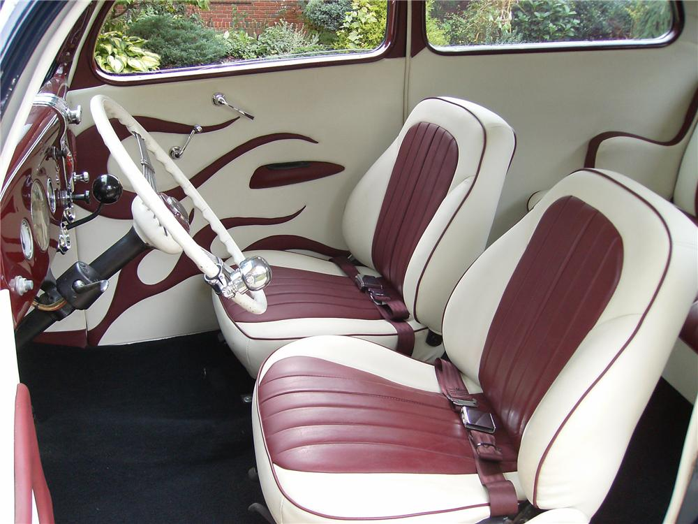 1935 FORD CUSTOM 2 DOOR COUPE - Interior - 81890