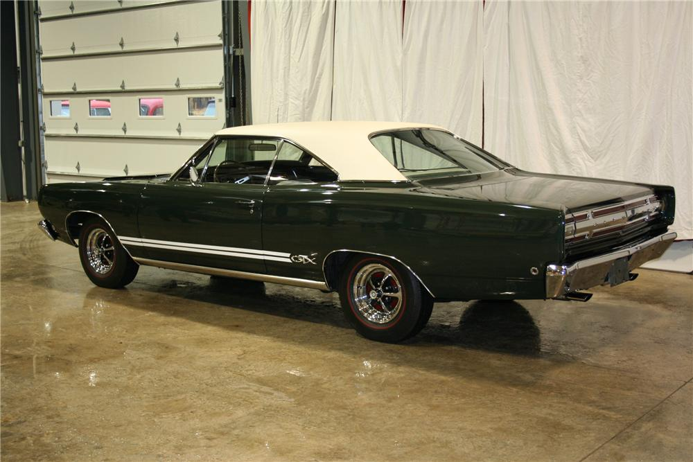 1968 PLYMOUTH GTX 2 DOOR HARDTOP - Rear 3/4 - 81900