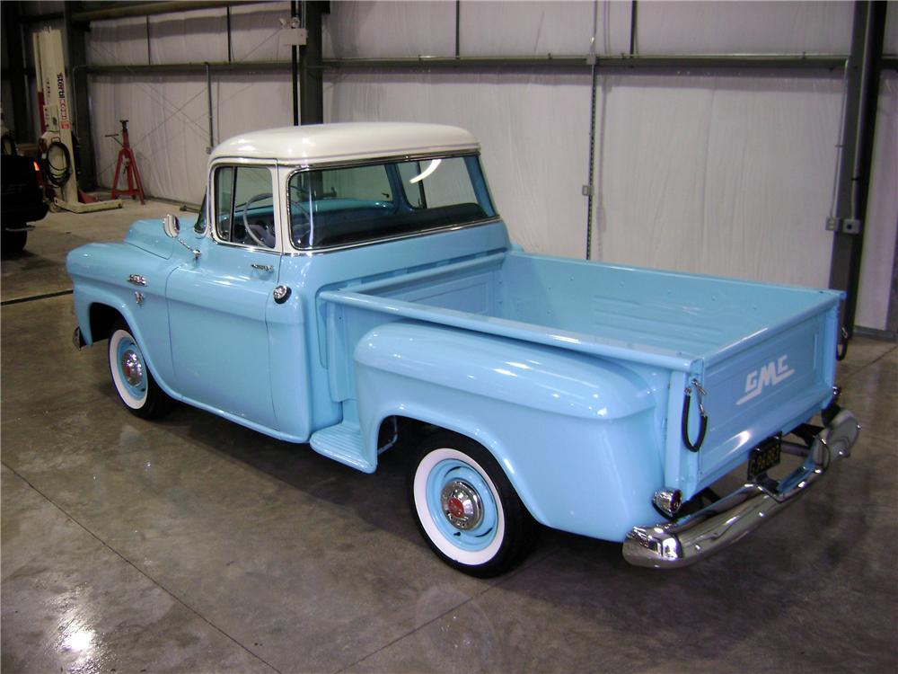1959 GMC 100 STEPSIDE PICKUP - Rear 3/4 - 81901
