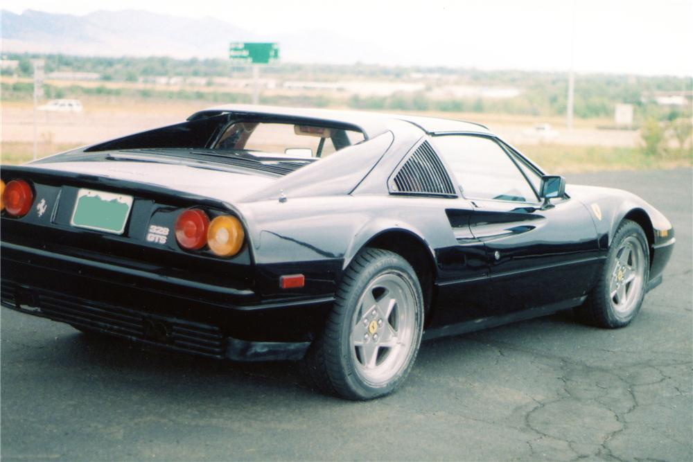 1986 FERRARI 328 GTS SPIDER - Rear 3/4 - 81912