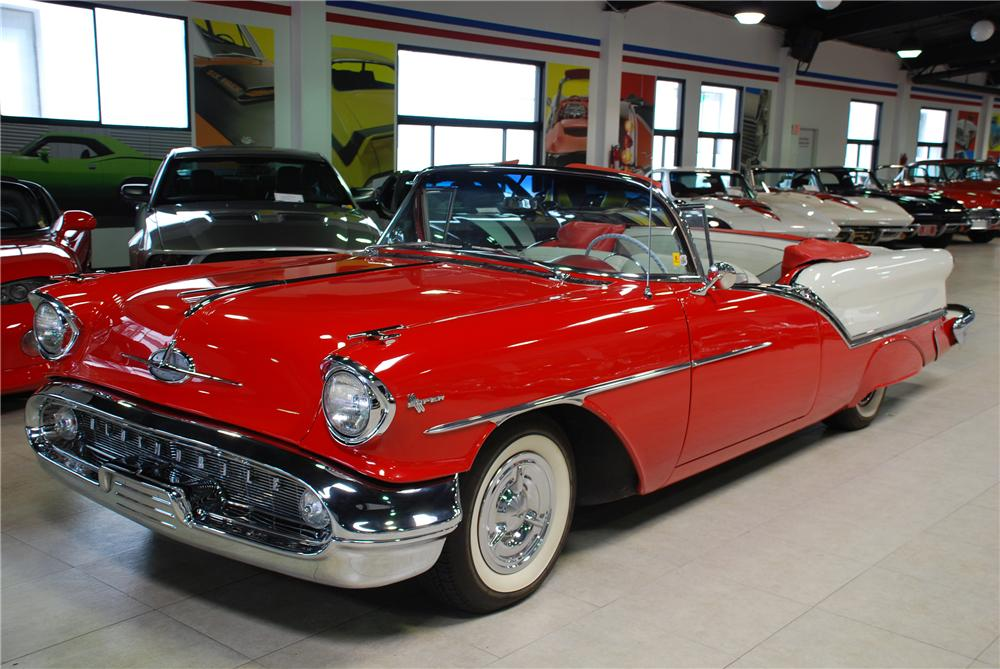 1957 OLDSMOBILE SUPER 88 CONVERTIBLE - Front 3/4 - 81944