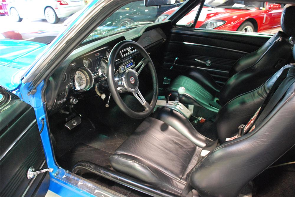 1967 FORD MUSTANG CUSTOM FASTBACK - Interior - 81948