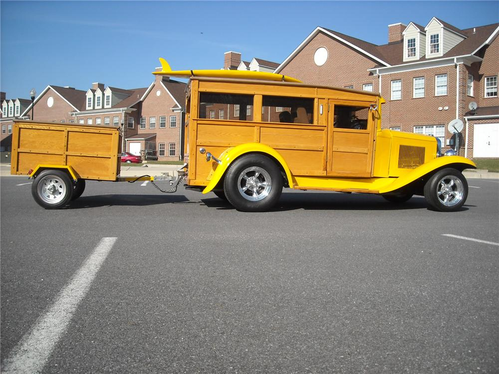 1932 CHEVROLET WOODY CUSTOM WAGON - Side Profile - 81955