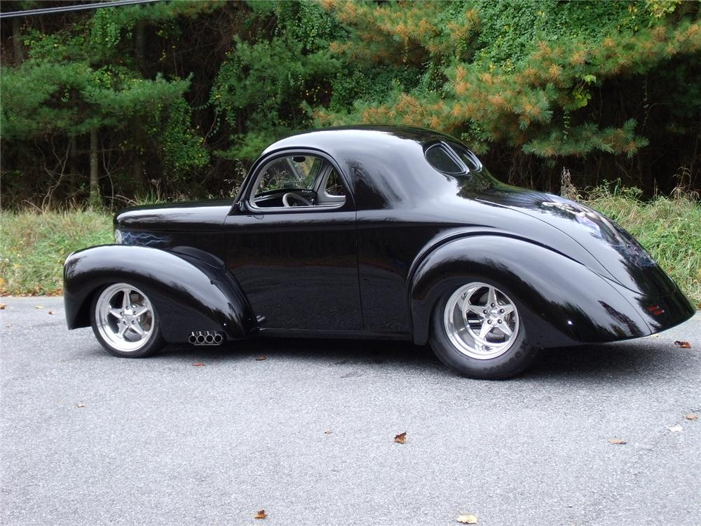 1941 WILLYS AMERICAR CUSTOM COUPE - Rear 3/4 - 81958