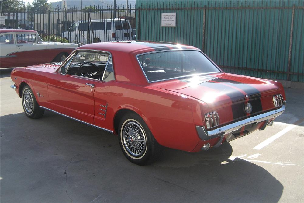 1966 FORD MUSTANG 2 DOOR COUPE - Rear 3/4 - 81964