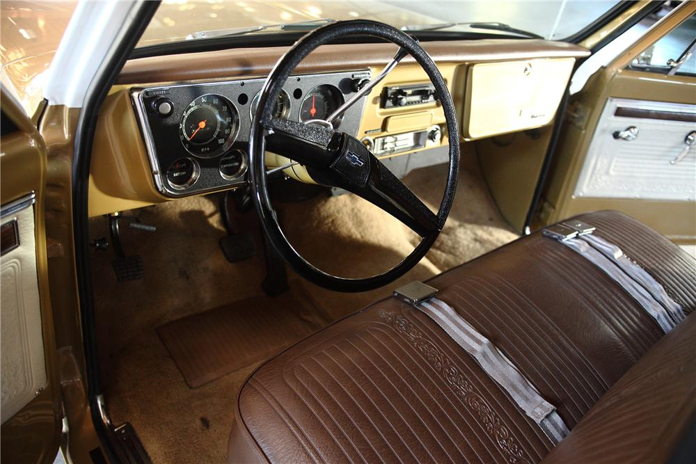 1970 CHEVROLET C-10 LONG BOX PICKUP - Interior - 81971
