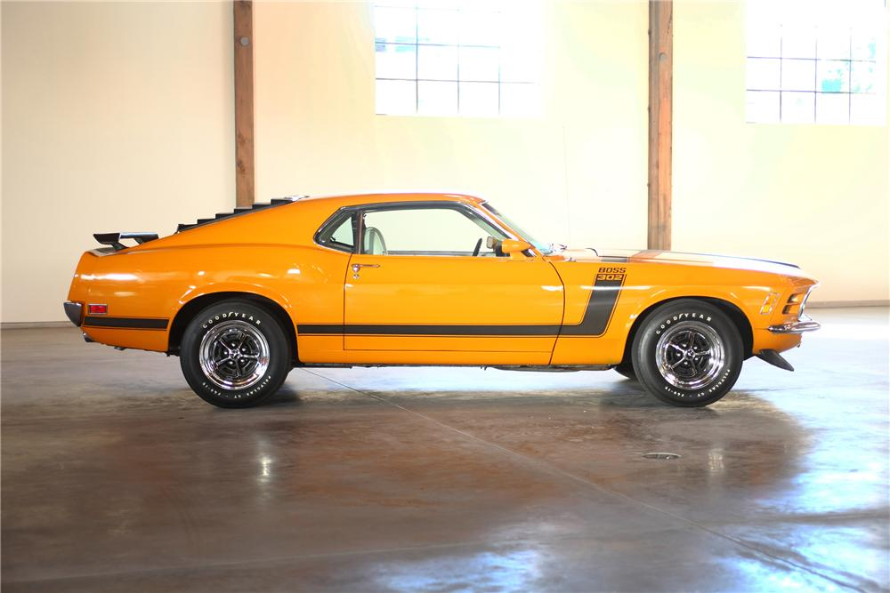 1970 FORD MUSTANG BOSS 302 FASTBACK - Side Profile - 81978