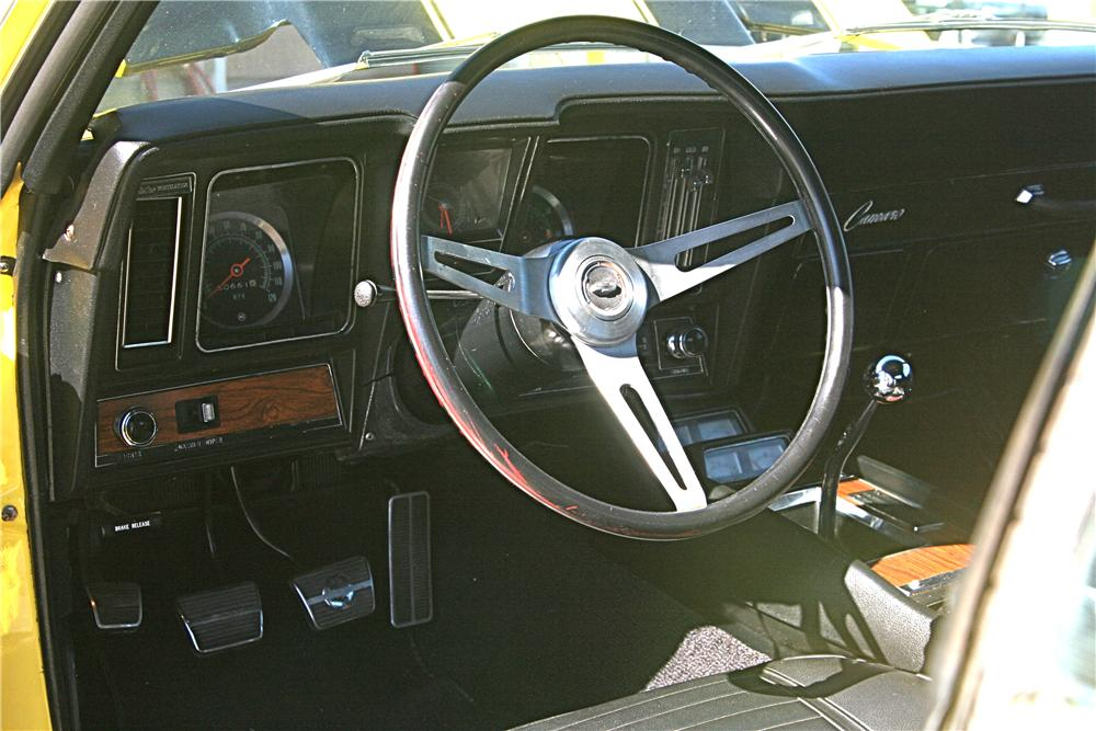 1969 CHEVROLET CAMARO Z/28 RS 2 DOOR COUPE - Interior - 81993