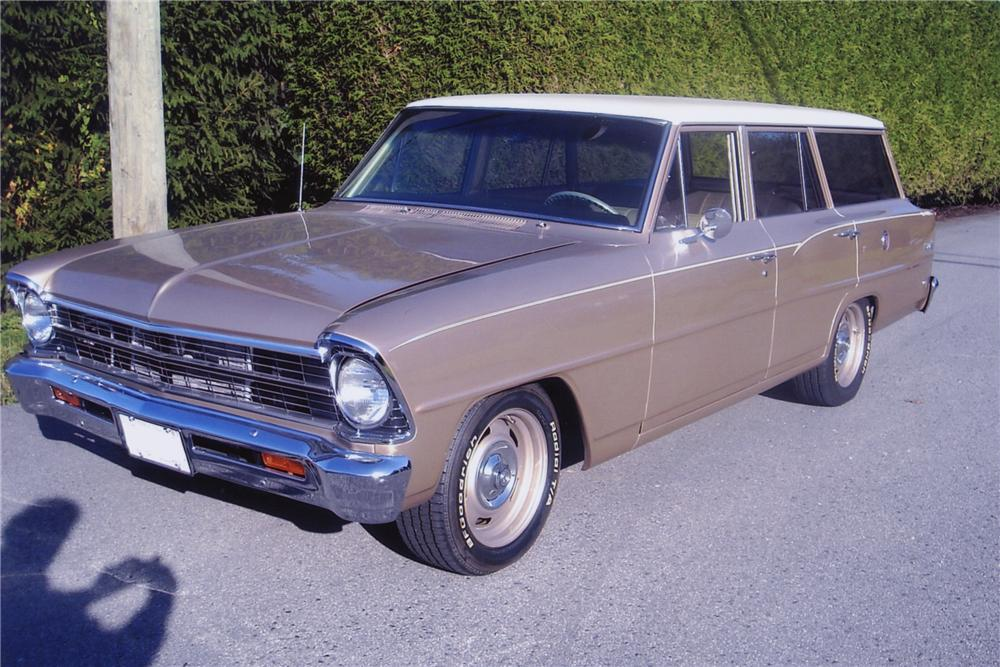 1967 CHEVROLET NOVA 4 DOOR WAGON - Front 3/4 - 81997