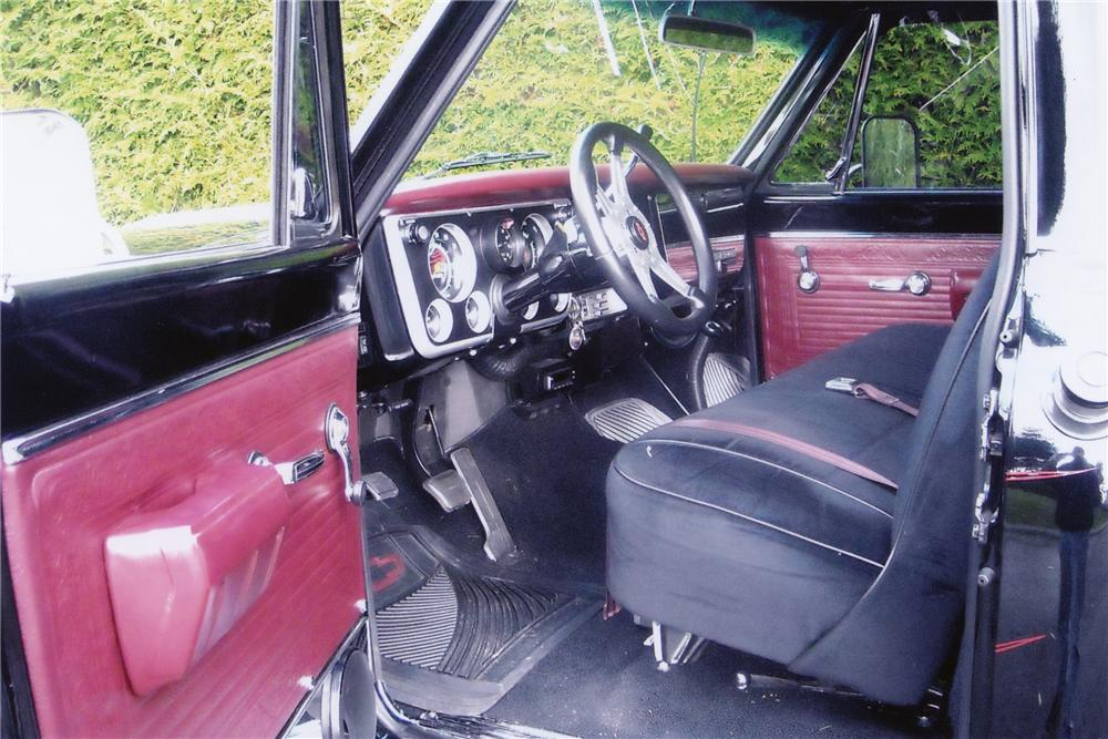 1969 CHEVROLET 2500 4X4 PICKUP - Interior - 82000