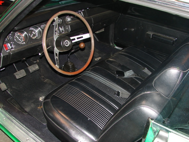 1969 DODGE SUPER BEE 2 DOOR COUPE - Interior - 82005
