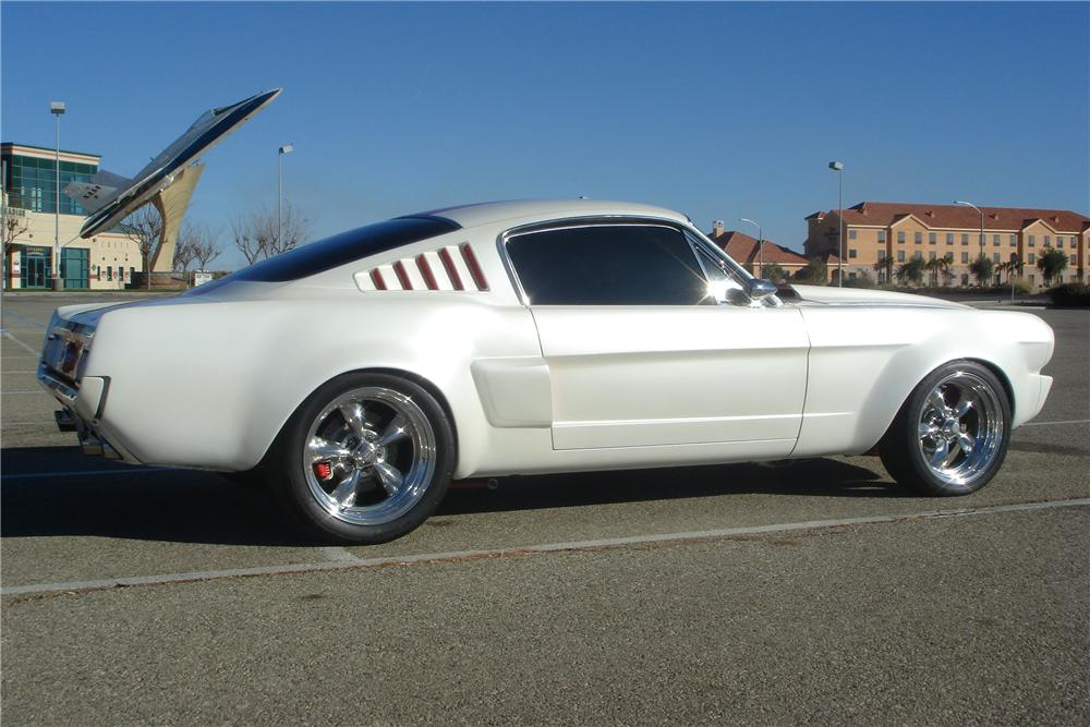 1965 FORD MUSTANG CUSTOM FASTBACK - Side Profile - 82007