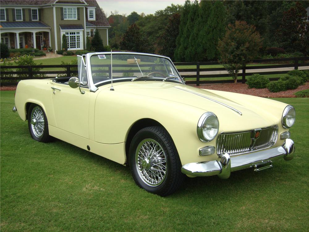 1966 MG MIDGET CONVERTIBLE - Front 3/4 - 82008
