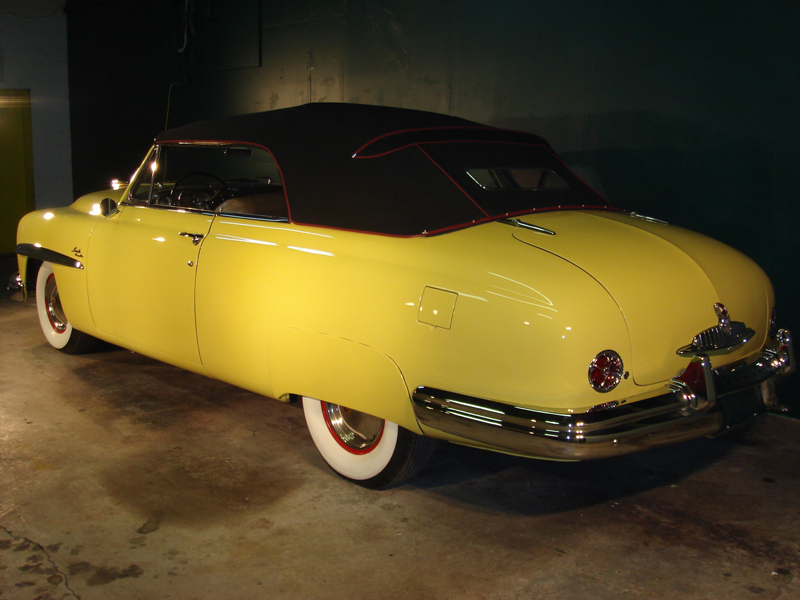 1949 LINCOLN COSMOPOLITAN 2 DOOR CONVERTIBLE - Rear 3/4 - 82033