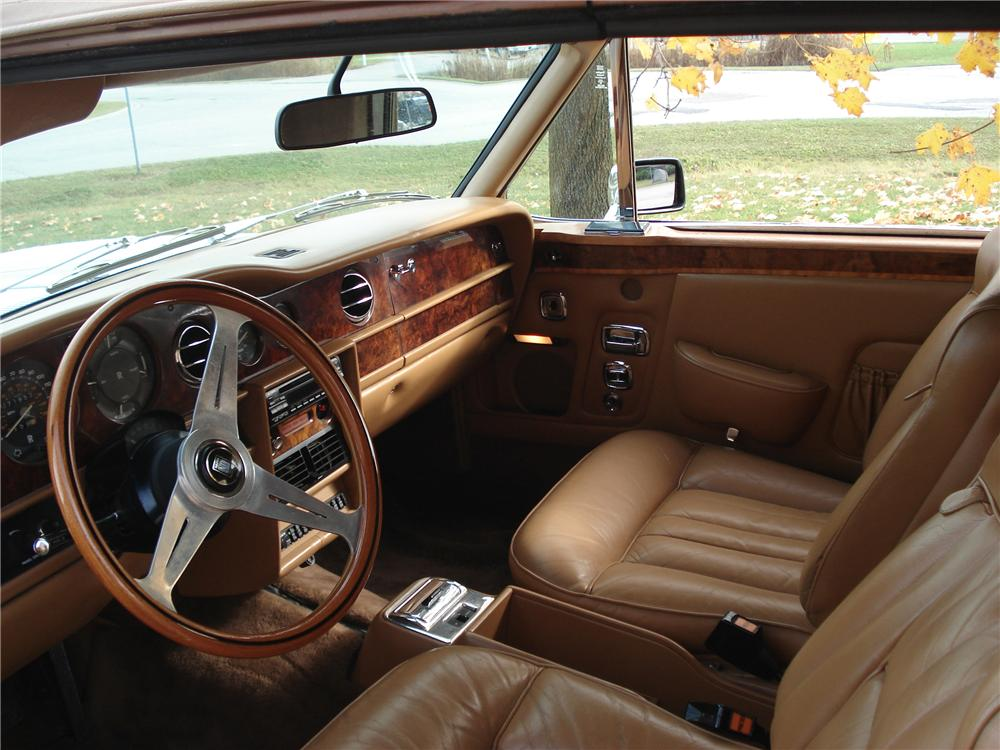 1978 ROLLS-ROYCE CORNICHE 2 DOOR CONVERTIBLE - Interior - 82038