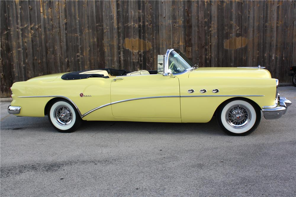 1954 BUICK SUPER CONVERTIBLE - Side Profile - 82060