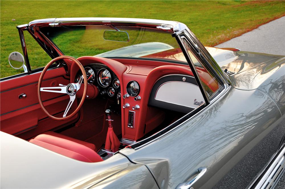 1966 CHEVROLET CORVETTE CUSTOM CONVERTIBLE - Interior - 82092