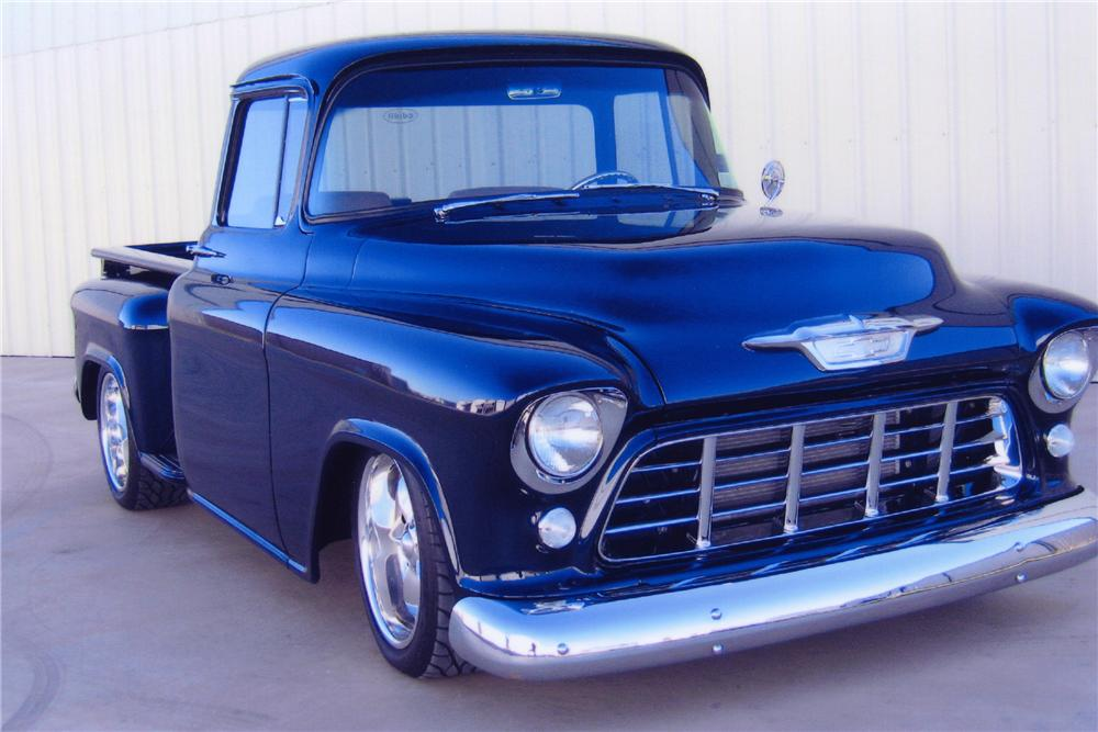 1955 CHEVROLET 3200 CUSTOM PICKUP - Front 3/4 - 82093