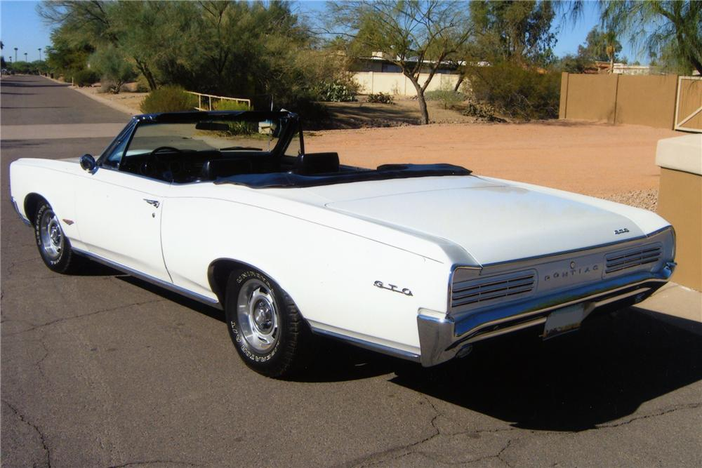1966 PONTIAC GTO 2 DOOR CONVERTIBLE - Rear 3/4 - 82094