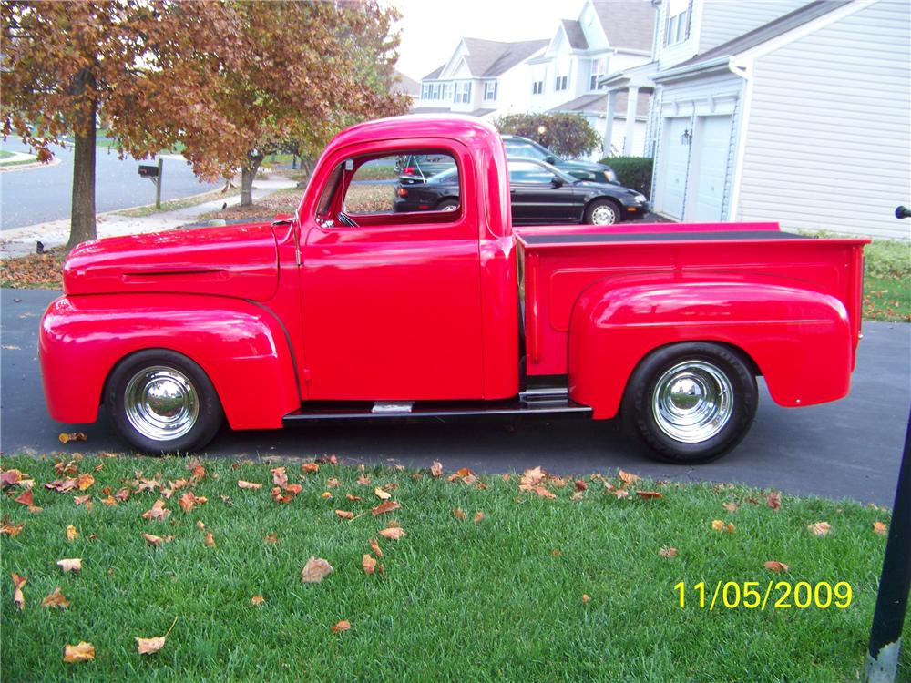 1949 FORD F-1 CUSTOM PICKUP - Front 3/4 - 82106