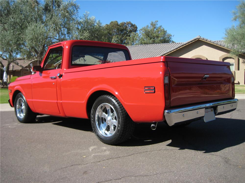 1970 GMC CUSTOM SHORTBED PICKUP - Rear 3/4 - 82110