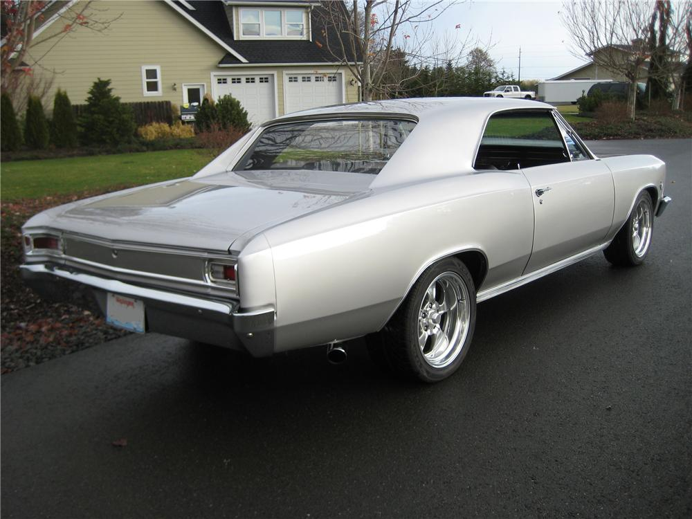 1966 CHEVROLET CHEVELLE CUSTOM 2 DOOR HARDTOP - Rear 3/4 - 82113