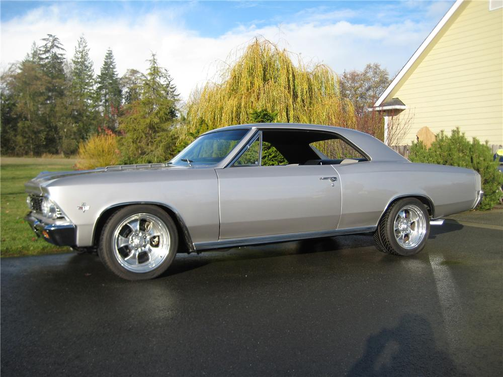 1966 CHEVROLET CHEVELLE CUSTOM 2 DOOR HARDTOP - Side Profile - 82113