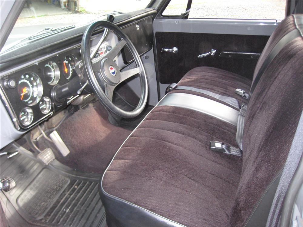 1972 CHEVROLET C-10 CUSTOM PICKUP - Interior - 82121