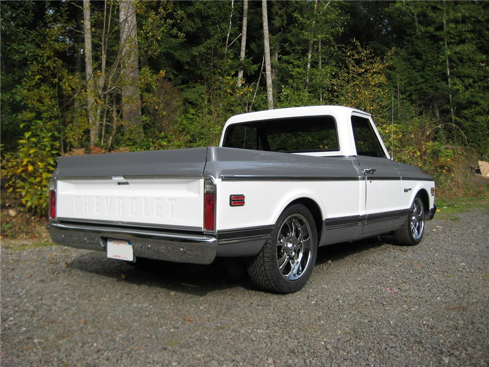1972 CHEVROLET C-10 CUSTOM PICKUP - Rear 3/4 - 82121