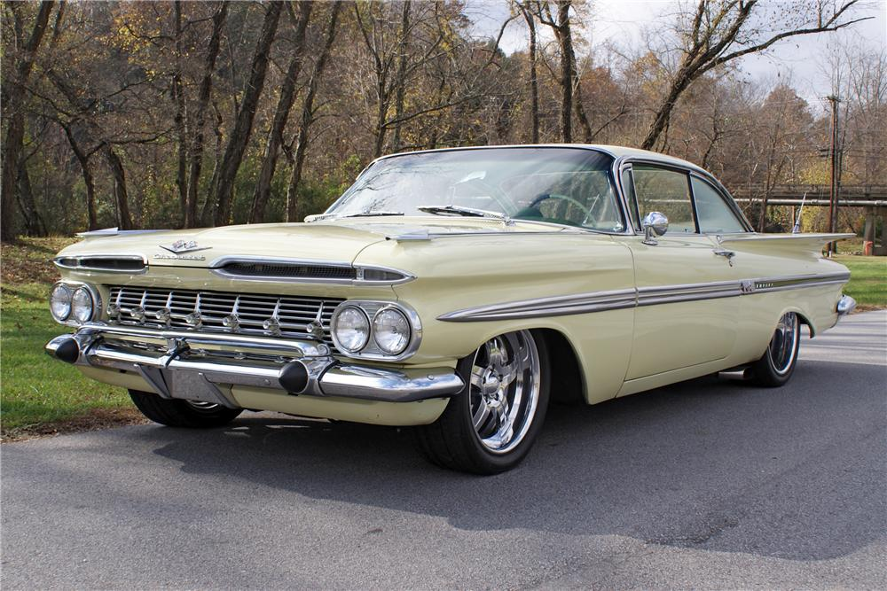 1959 CHEVROLET IMPALA 2 DOOR SPORT COUPE - Front 3/4 - 82131