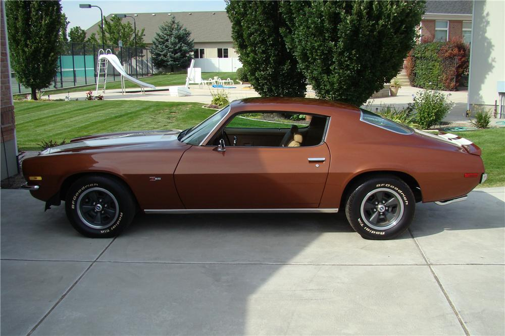 1970 CHEVROLET CAMARO Z/28 COUPE - Side Profile - 82141