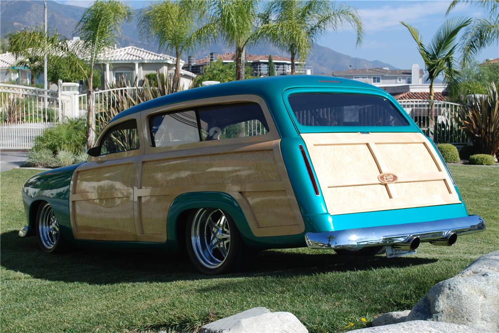 1950 FORD CUSTOM WOODY STATION WAGON - Side Profile - 82158