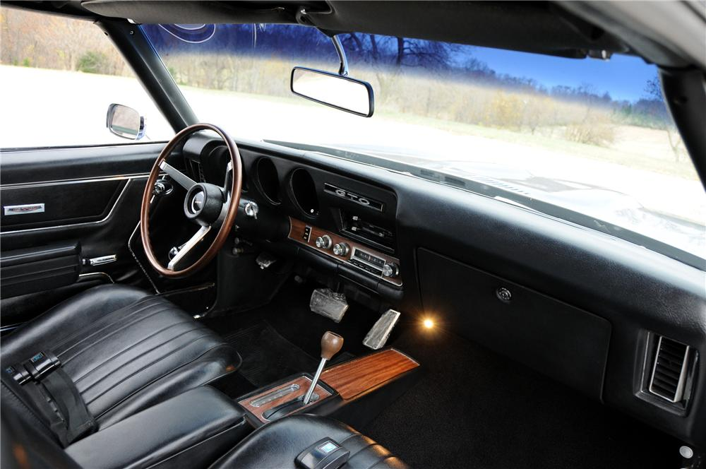 1969 PONTIAC GTO COUPE - Interior - 82170