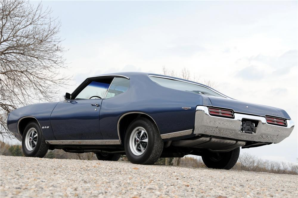 1969 PONTIAC GTO COUPE - Rear 3/4 - 82170