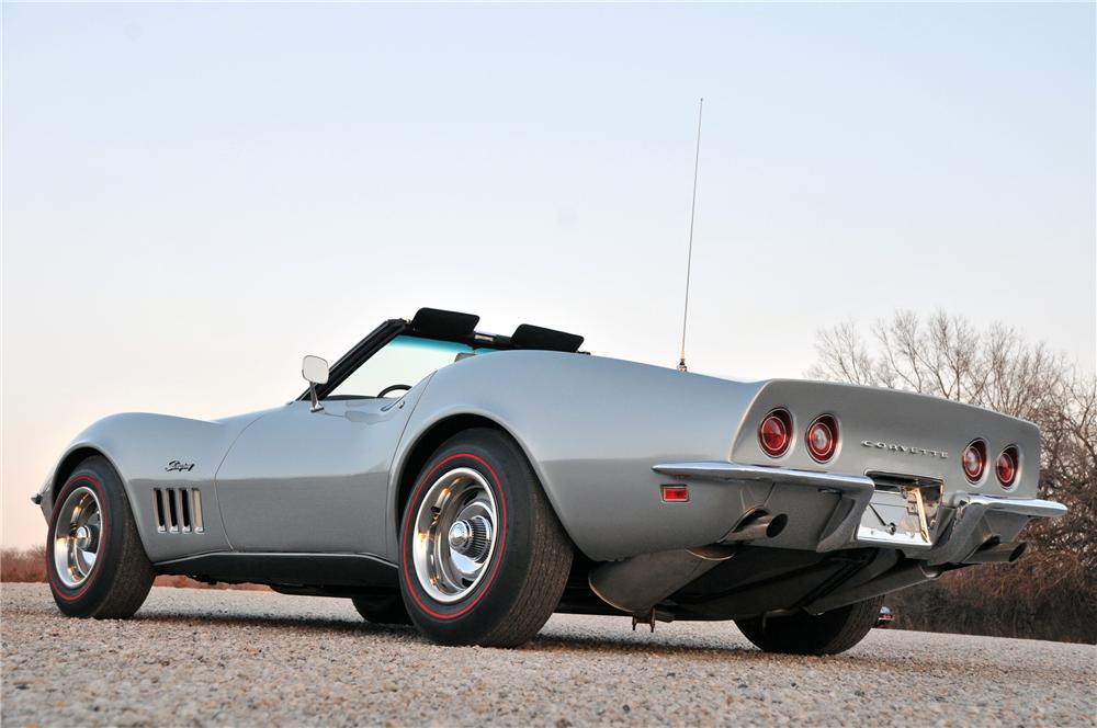 1969 CHEVROLET CORVETTE CONVERTIBLE - Rear 3/4 - 82174
