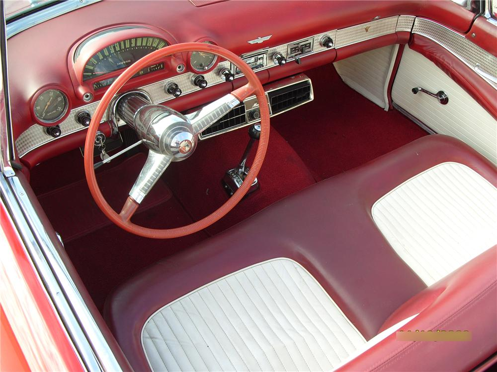 1955 FORD THUNDERBIRD CONVERTIBLE - Interior - 82187