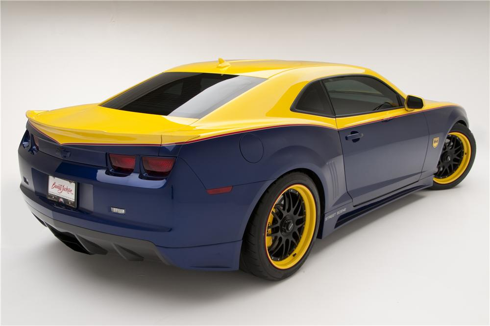 2010 CHEVROLET CAMARO 2SS CUSTOM COUPE - Rear 3/4 - 82189