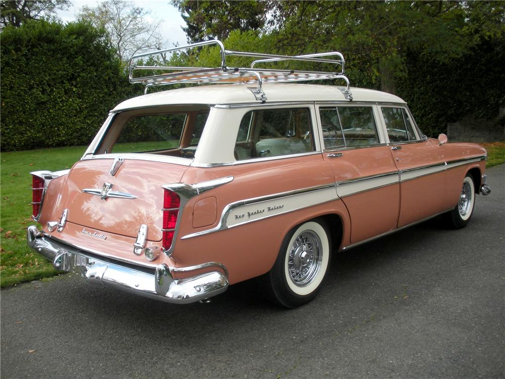 1955 CHRYSLER NEW YORKER TOWN & COUNTRY WAGON - Rear 3/4 - 82232