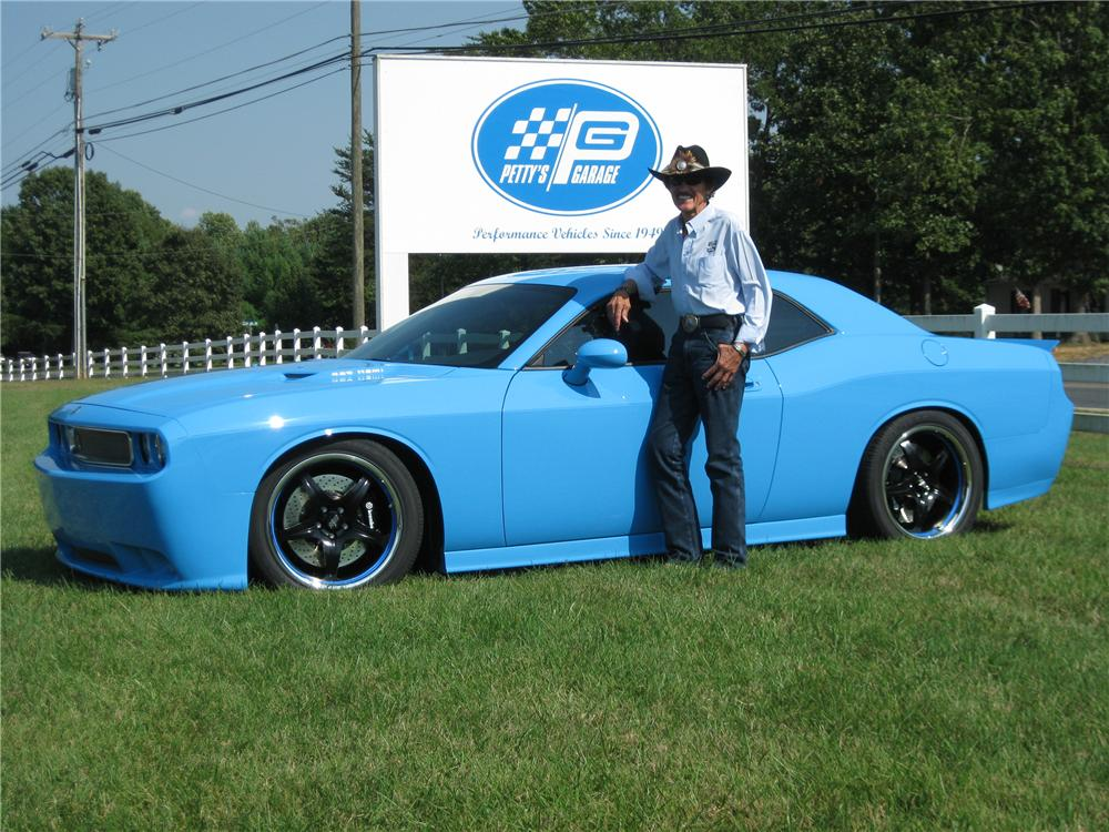 "2009 DODGE CHALLENGER SRT ""RICHARD PETTY S SERIAL # 0001"" - Side Profile - 82234"