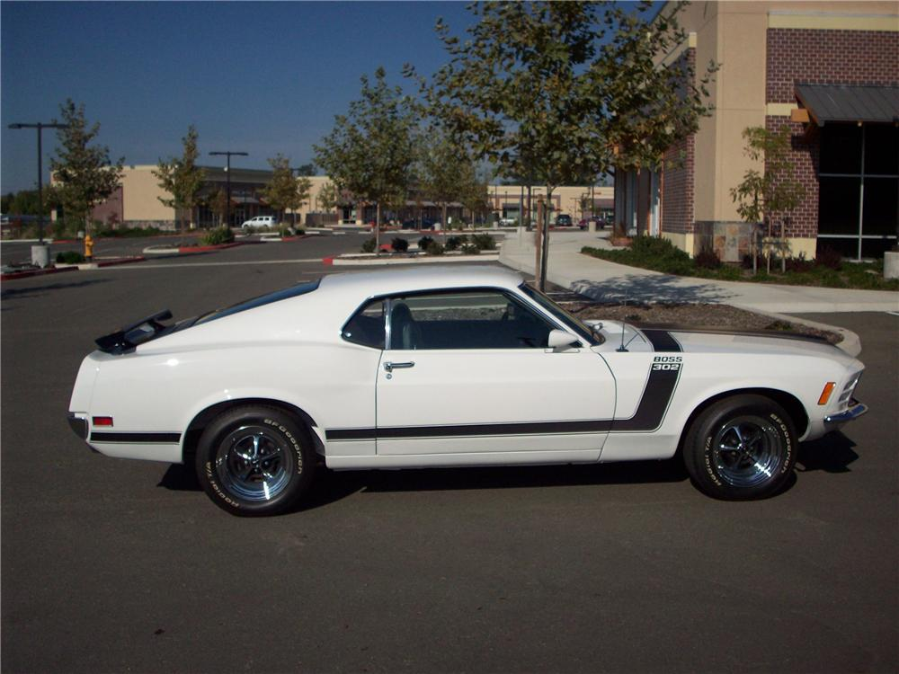 1970 FORD MUSTANG BOSS 302 FASTBACK - Side Profile - 82242