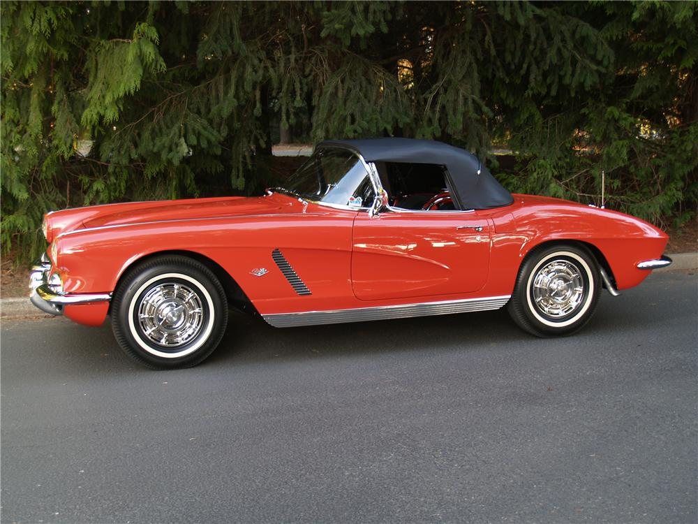 1962 CHEVROLET CORVETTE CONVERTIBLE - Side Profile - 82289