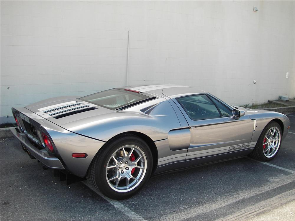 2006 FORD GT COUPE - Rear 3/4 - 82301