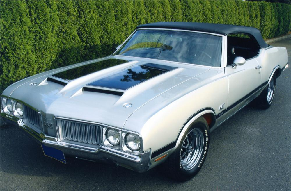 1970 OLDSMOBILE 442 W30 CONVERTIBLE - Front 3/4 - 82366