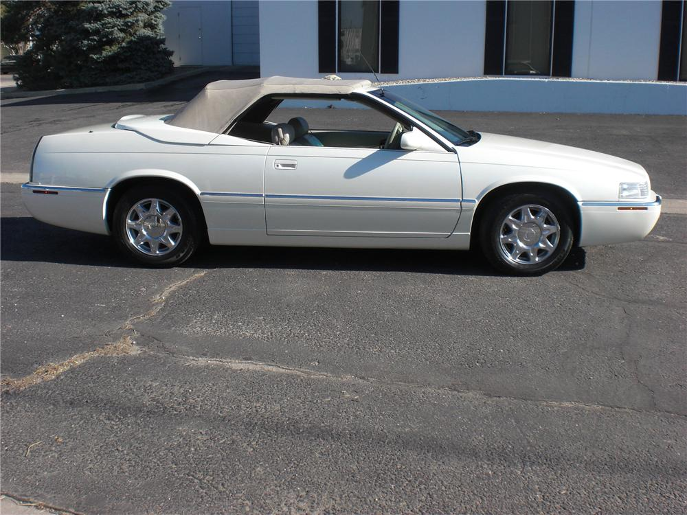 1997 CADILLAC ELDORADO CONVERTIBLE - Side Profile - 82406